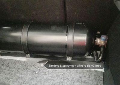 Sandero Stepway con cilindro de 40 litros