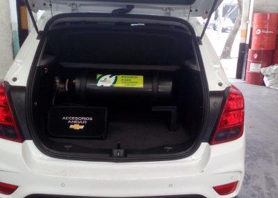 Con cilindro de 40 litros en la maleta