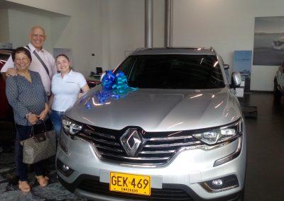 Felices compradores Renault KOLES 2020