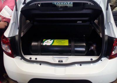 Foto Sandero con cilindro de 40 litros